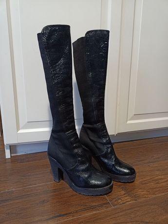 Rozm. 36 wysokie czarne buty kozaki na obcasie