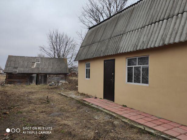 Продам в центре села Загальци дом 31м2 на 7 сотках земли