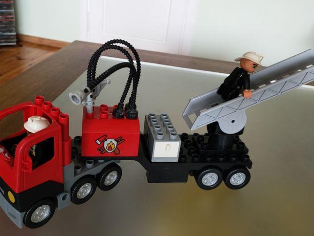 DUPLO Wóz strażacki