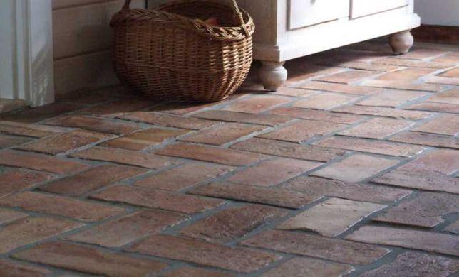 Płytki podłogowe z cegły poniemieckiej
