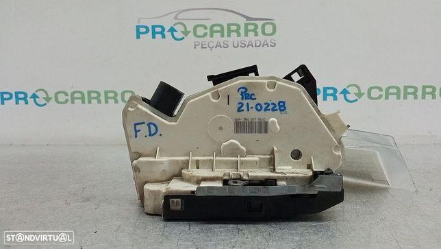 Fecho Da Porta Frente Dto Seat Ibiza Iv (6J5, 6P1)
