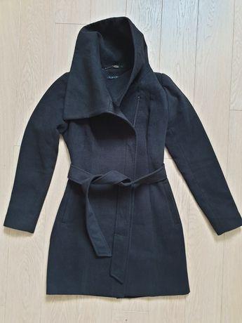 Płaszcz rozmiar 34