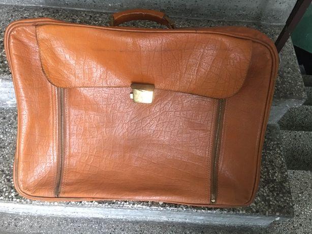 walizka  z PRL- u