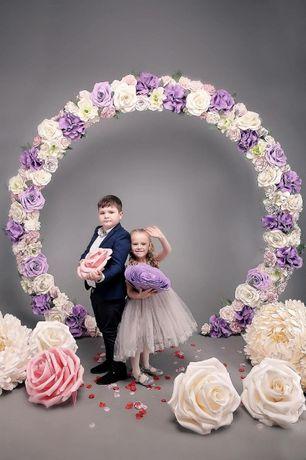 Свадебная круглая сиреневая арка, президиум, фотозона свадьба, деко
