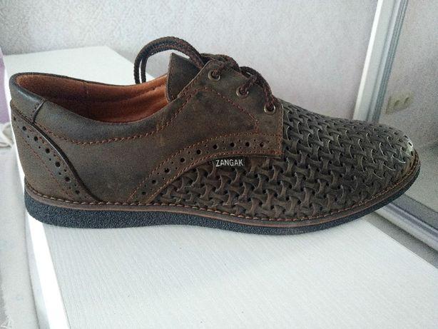 Темнокоричневые кожаные туфли 41р.