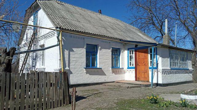 Продам будинок у місті Сквира!