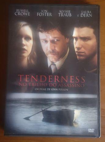 """DVD """"Tenderness - No Trilho do Assassino"""""""