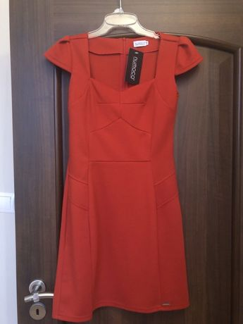 Sukienka czerwona M nowa