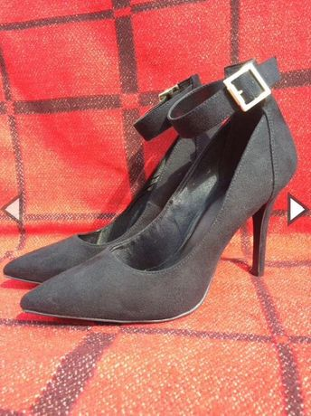 Туфлі нові Graceland