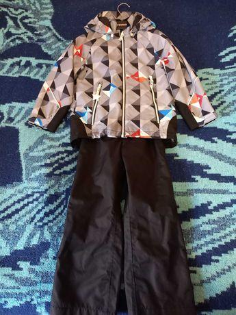Продам демисезонный костюм Рейма оригинал 116 рост
