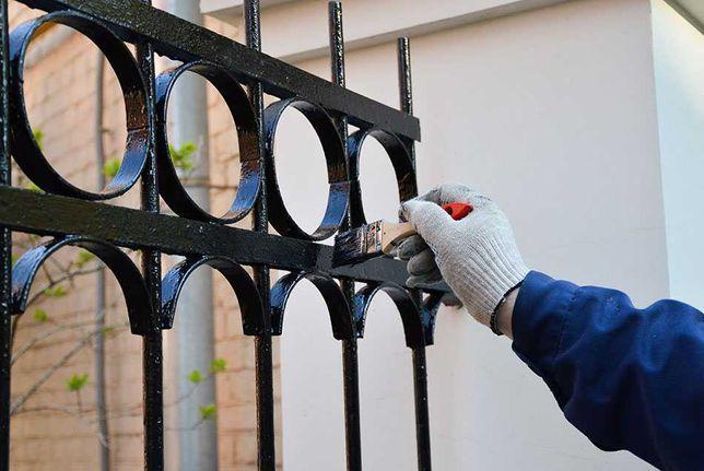 Malowanie ogrodzeń balustrad itp