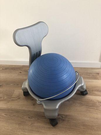Krzeslo z pilka dla dzieci- poprawa koncentracji, poprawna postawa