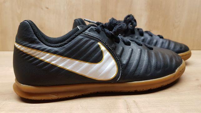 Buty piłkarskie Nike Tiempox Rio IV IC, rozmiar 36