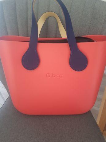 O bag mini organizer dwa rodzaje uchwytów