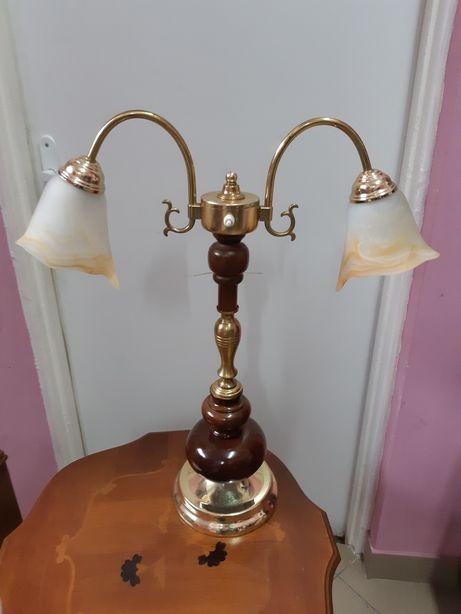 Unikatowa lampa