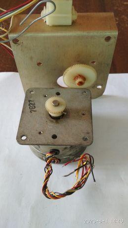Мини Електродвигатель