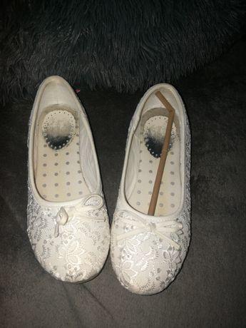 Buty baleriny białe komunijne