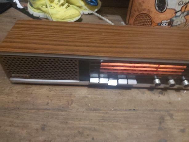 Rádio marca grundig