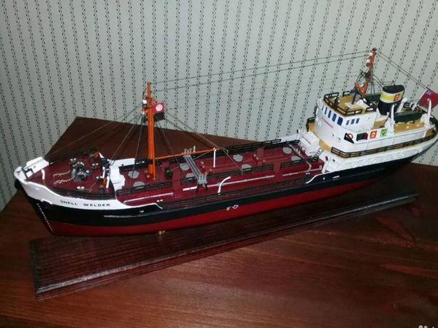 Модель танкера  Шшел Верди(1:130),руч.работа
