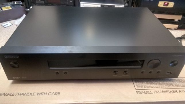 Продам Onkyo T-4070