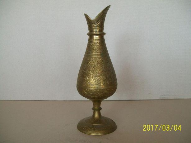 mosiężny wazon nr 8