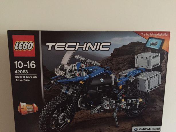 Lego technic 42063- BMW R 1200 GS Adventure