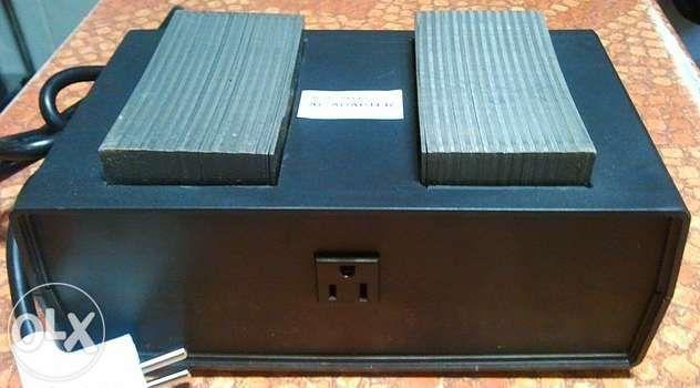 Конвертер 220-110в 2500Вт, преобразователь,адаптер для приборов из США