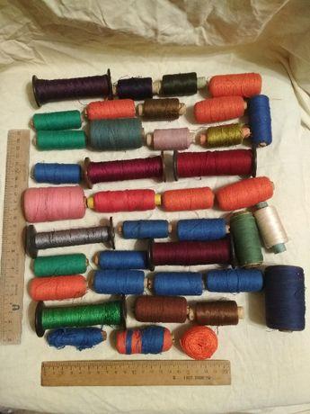 Нитки для шитья 39 катушек, все за 120 грн.
