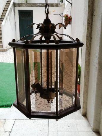 Candeeiro de Sala em Vidro e Madeira