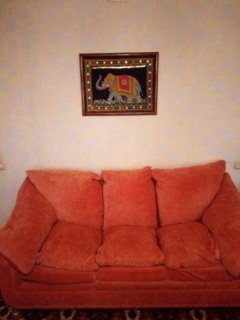 Диван + кресло (коралловый велюр).