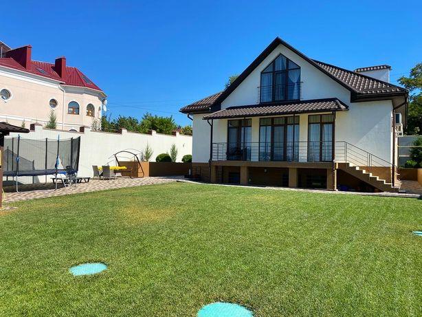 Продаю шикарный дом в Варваровке