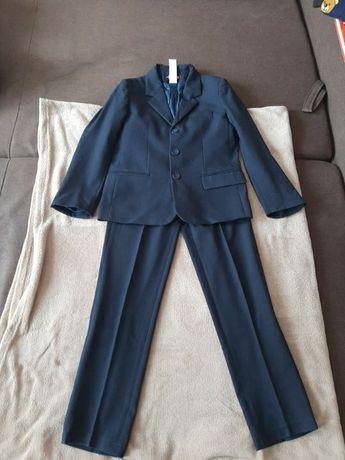 Темно- синий школьный костюм Helen A