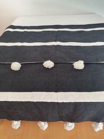 Manta em lã estilo berbere