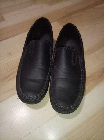 Туфли для мальчика. стелька 22,5 см