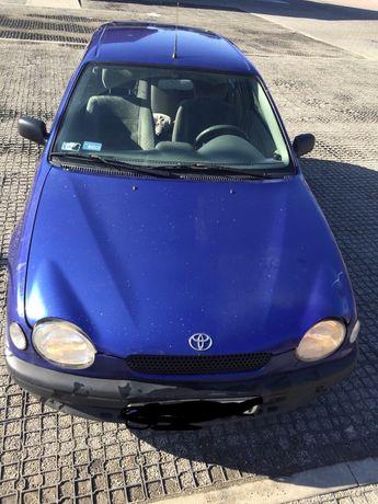 Maska blotnik przod Toyota corolla e11
