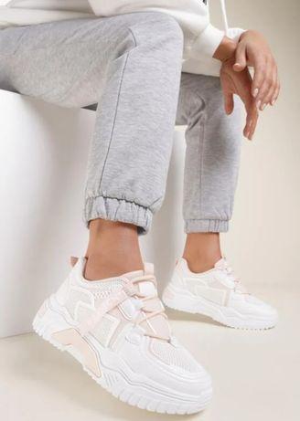 Стильные женские белые кроссовки Польша