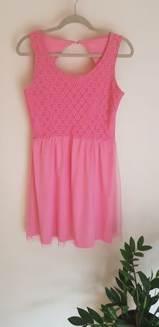 Różowa sukienka - RESERVED