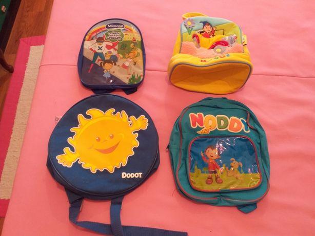 Lote 3 mochilas + 1 lancheira menino Noddy