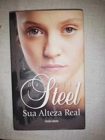 Vendo livro (Danielle Steel/ sua alteza real)