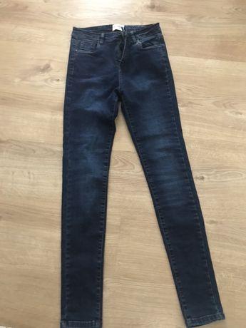 Ciemne jeansy Reserved 36 Nowe