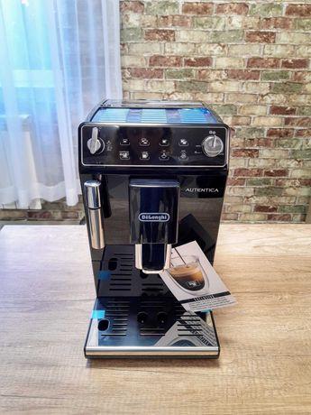 Новенька кавомашина Delonghi