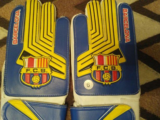 Продаються рукавиці!