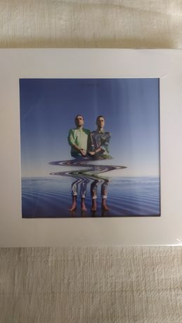 Box Pacifica - The Presents