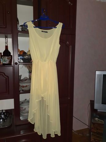 Плаття жіноче, дівчаче