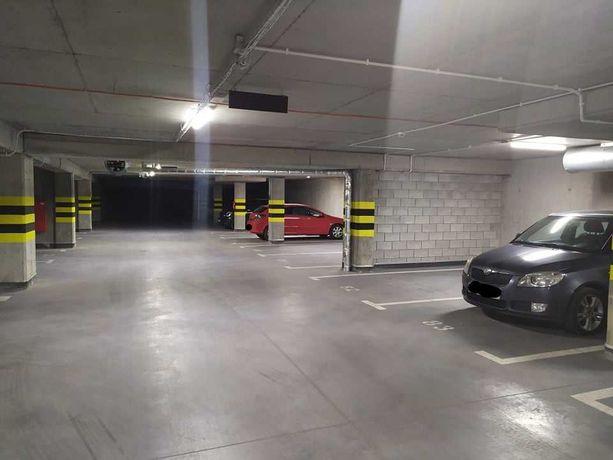 Miejsce parkingowe w garażu podziemnym - ul. Wojciechowska