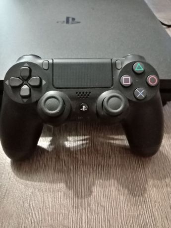 Sony Plastasion 4 pro 1 Tb