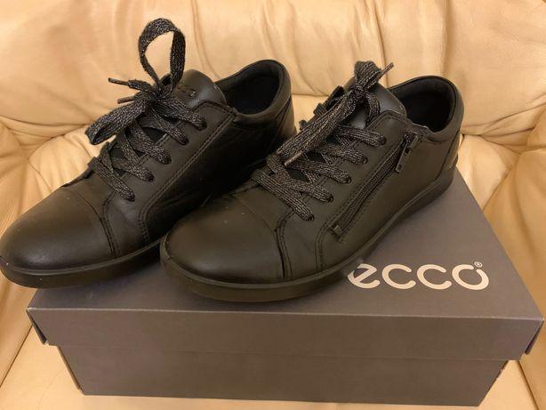 Туфлі напів черевики  для дівчинки Ecco