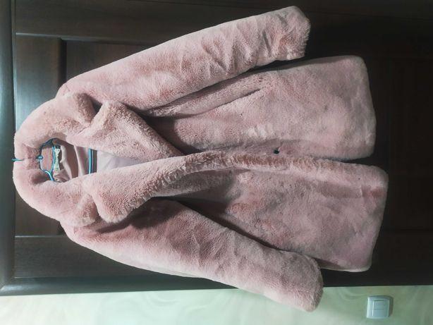 Шуба искусственная розовая