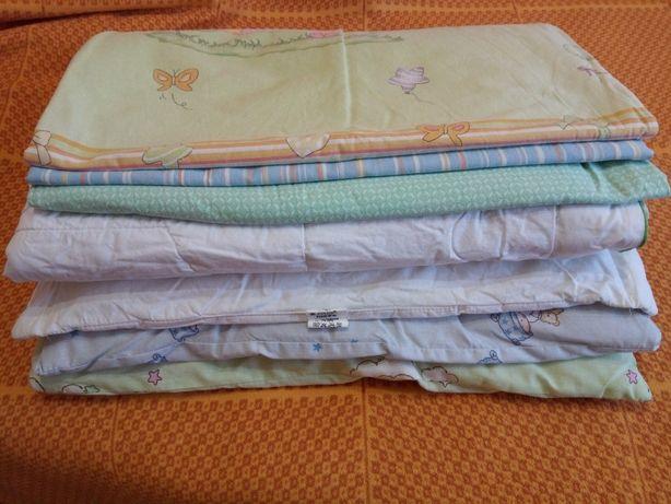 Постельное белье, одеяло, подушки