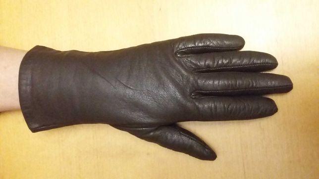 Skórzane brązowe rękawiczki
